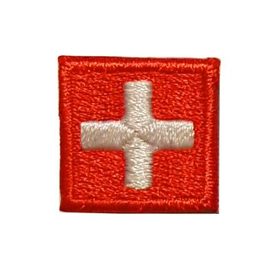 ecusson croix suisse carré à coudre