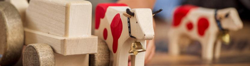 Vache bois suisse jouet Lausanne